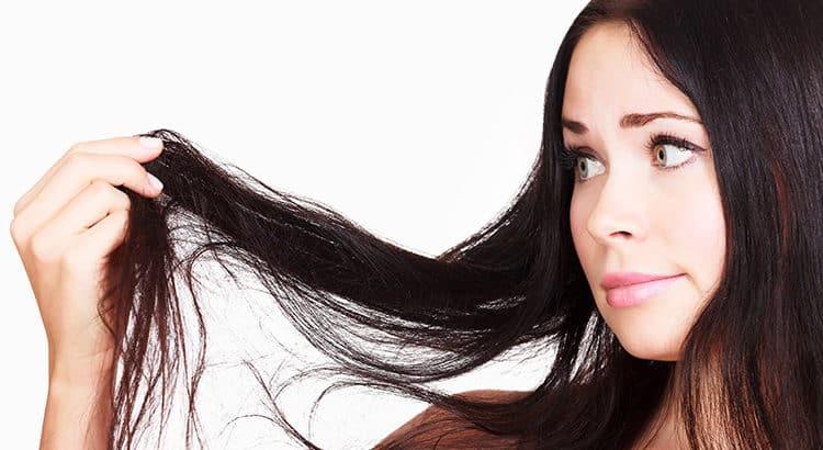 Fettige Haare - welche natürlichen Mittel helfen