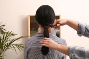 Ist Haare spenden eine gute Sache oder nur ein gutes Geschäft?
