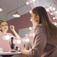 Perfektes Licht für Haarstyling & Make-Up
