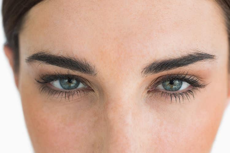 Warum ist das Wachstum der Augenbrauen anders als bei anderen Körperhaaren?